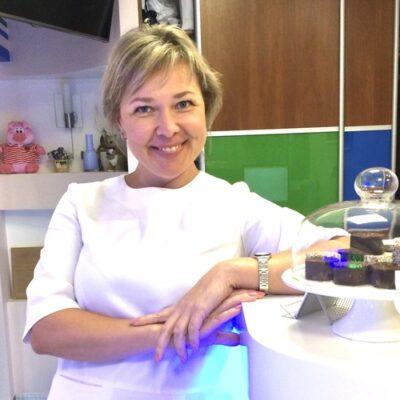 Валентина администратор медицинского центра ДИНОС (Киев)